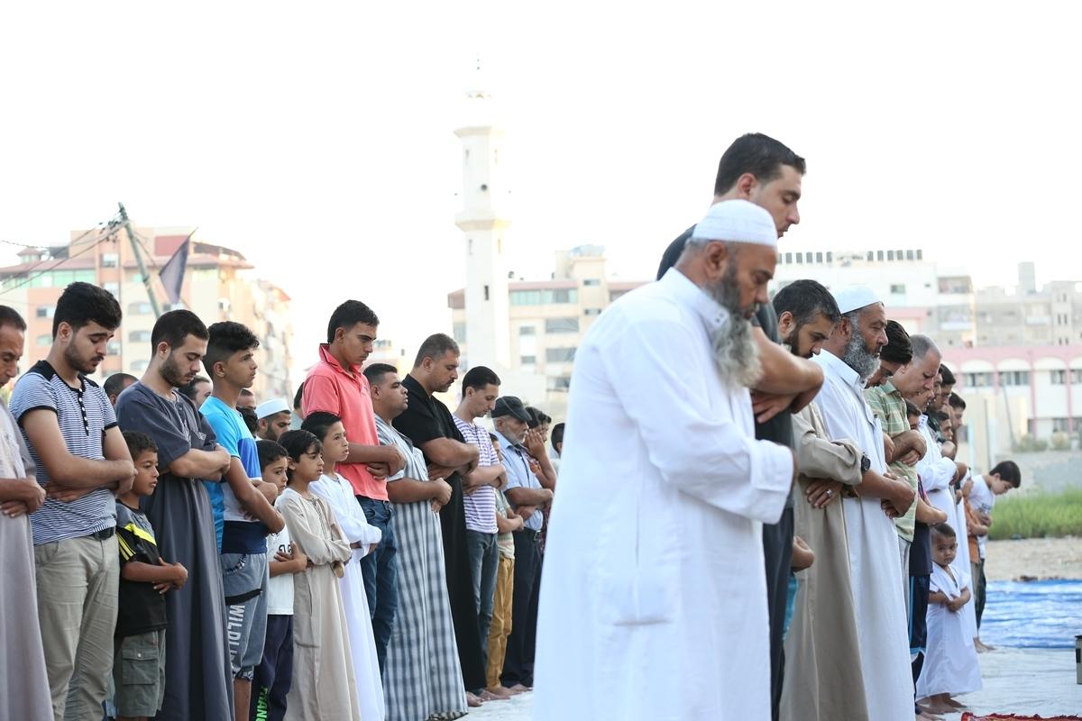 صلاة العيد في العراء (287149931) 