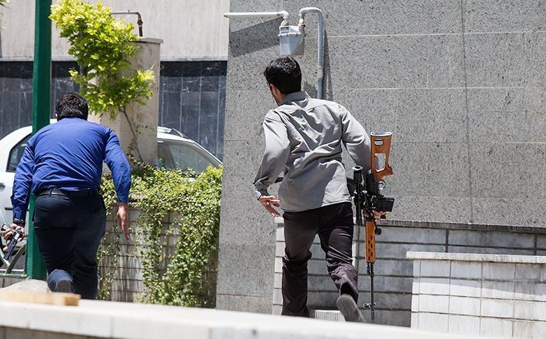 الهجوم الارهابی على مجلس الشورى الإسلامی الايراني (39453208) 