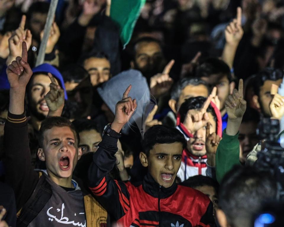 حماس تنظم مسيرة نصرة للقدس ورفضاً للقرارات الأمريكية شمال القطاع (38601226) 