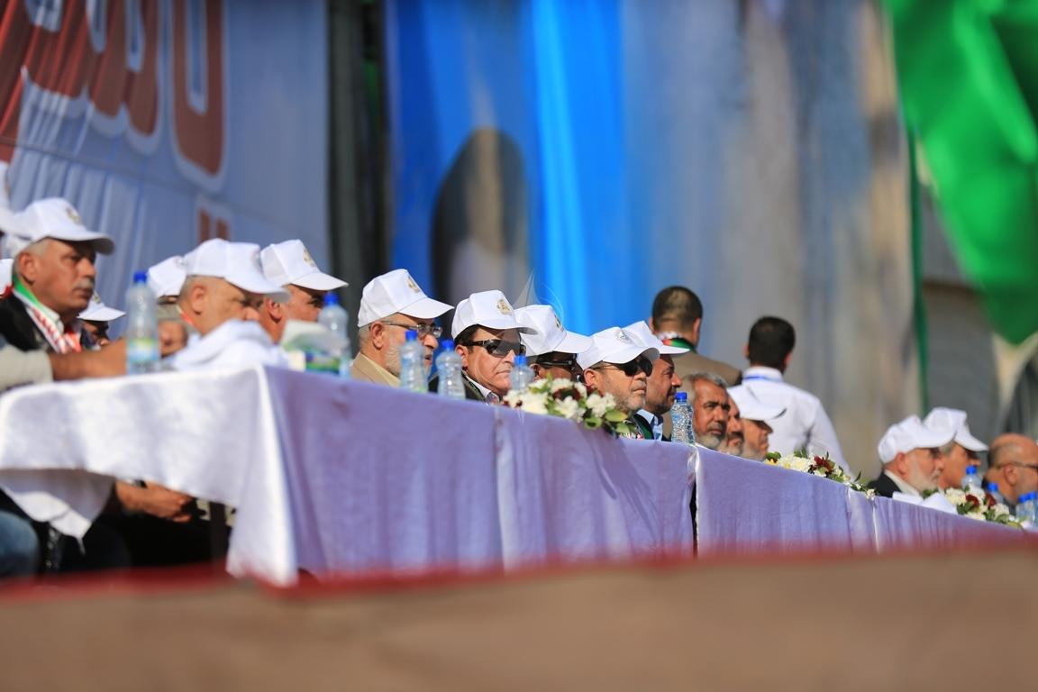 مهرجان احياء الذكرى الـ13 لاستشهاد الرئيس ياسر عرفات في ساحة الكتيبة غرب مدينة غزة (37683726) 
