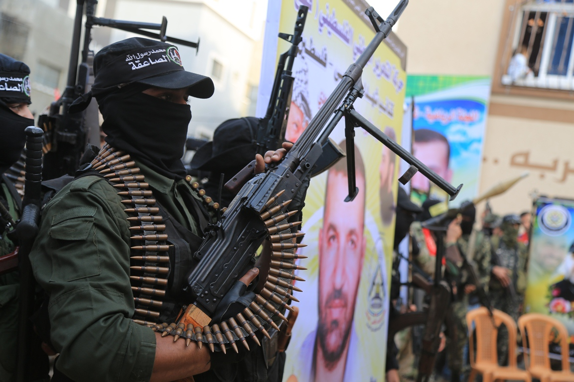 مسير عسكري لفصائل المقاومة بغزة في الذكرى الخامسة لاغتيال الجعبري (37552641) 