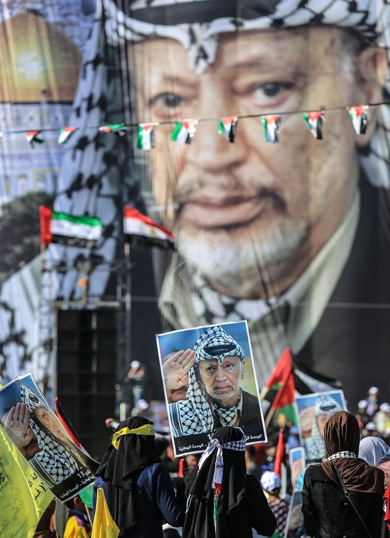 مهرجان احياء الذكرى الـ13 لاستشهاد الرئيس ياسر عرفات في ساحة الكتيبة غرب مدينة غزة (37683732) 