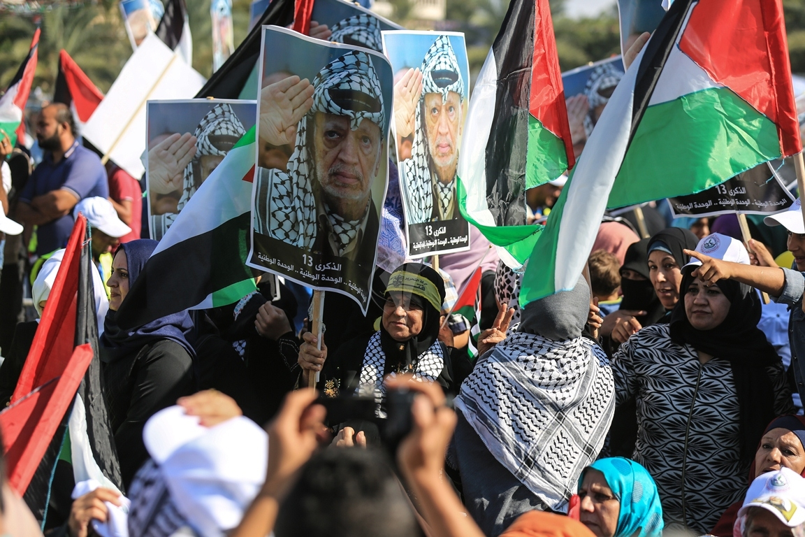 مهرجان احياء الذكرى الـ13 لاستشهاد الرئيس ياسر عرفات في ساحة الكتيبة غرب مدينة غزة (37683722) 