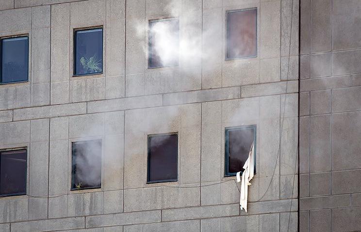 الهجوم الارهابی على مجلس الشورى الإسلامی الايراني (39453196) 
