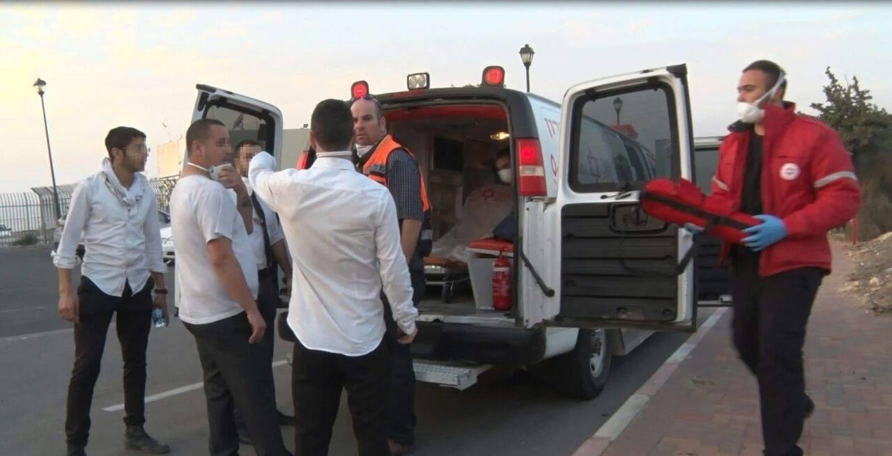 الحرائق المشتعلة في #حيفا المحتلة (1)