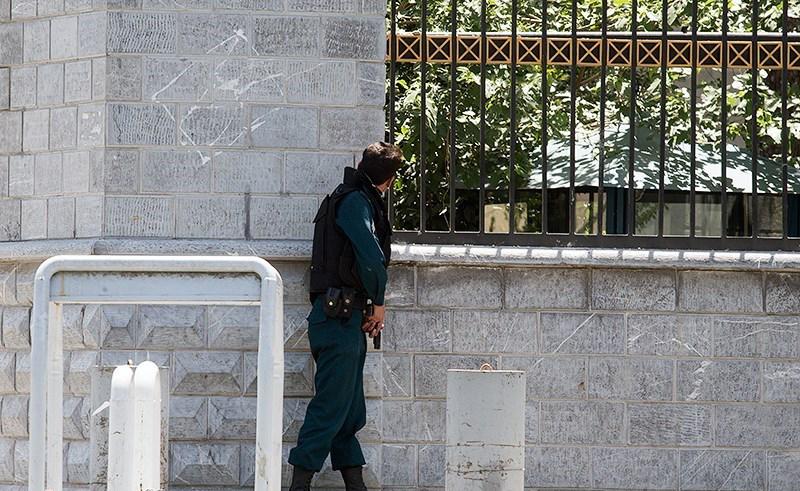 الهجوم الارهابی على مجلس الشورى الإسلامی الايراني (39453213) 