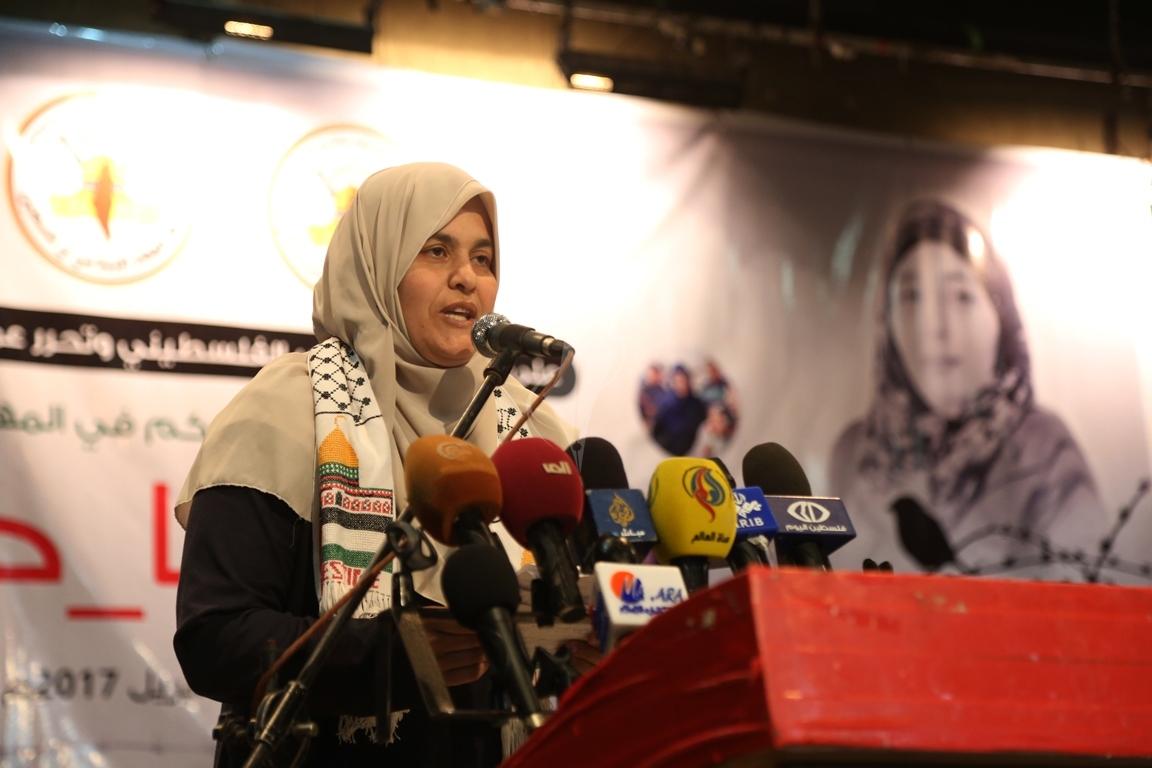 مهرجان تكريمى للمحررة  لينا الجربونى بغزة (21)