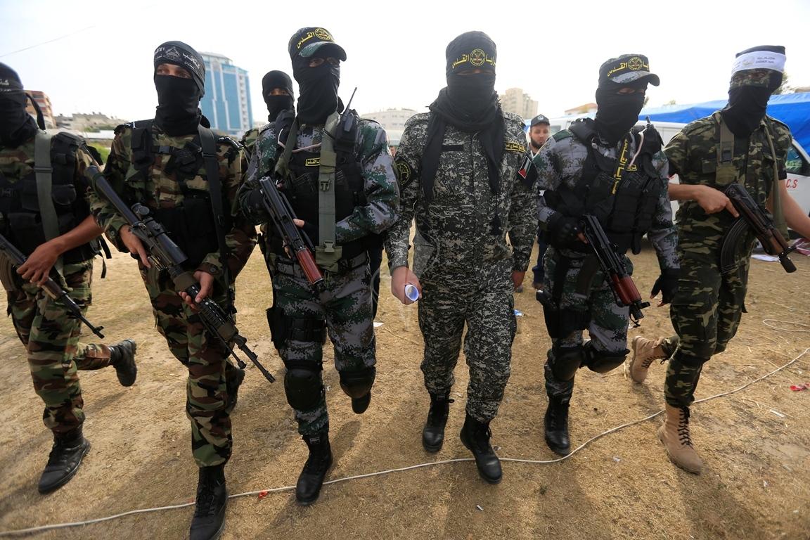 الأذرع العسكرية لفصائل المقاومة الفلسطينية خلال مؤتمر صحفي في غزة (39191048) 