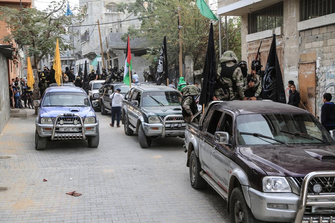 مسير عسكري لفصائل المقاومة بغزة في الذكرى الخامسة لاغتيال الجعبري (37552650) 