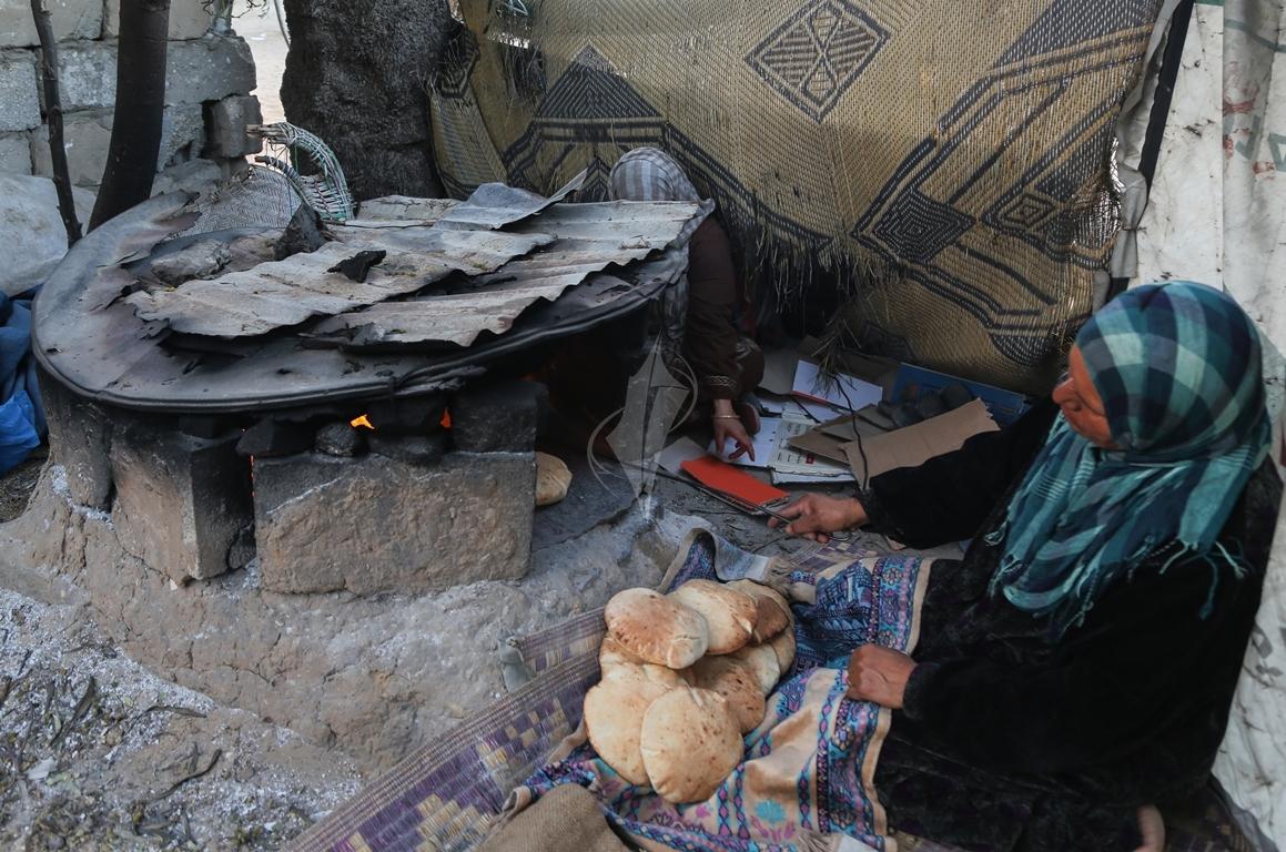 افرن الطينة بعد تفاقم أزمة الكهرباء (1)