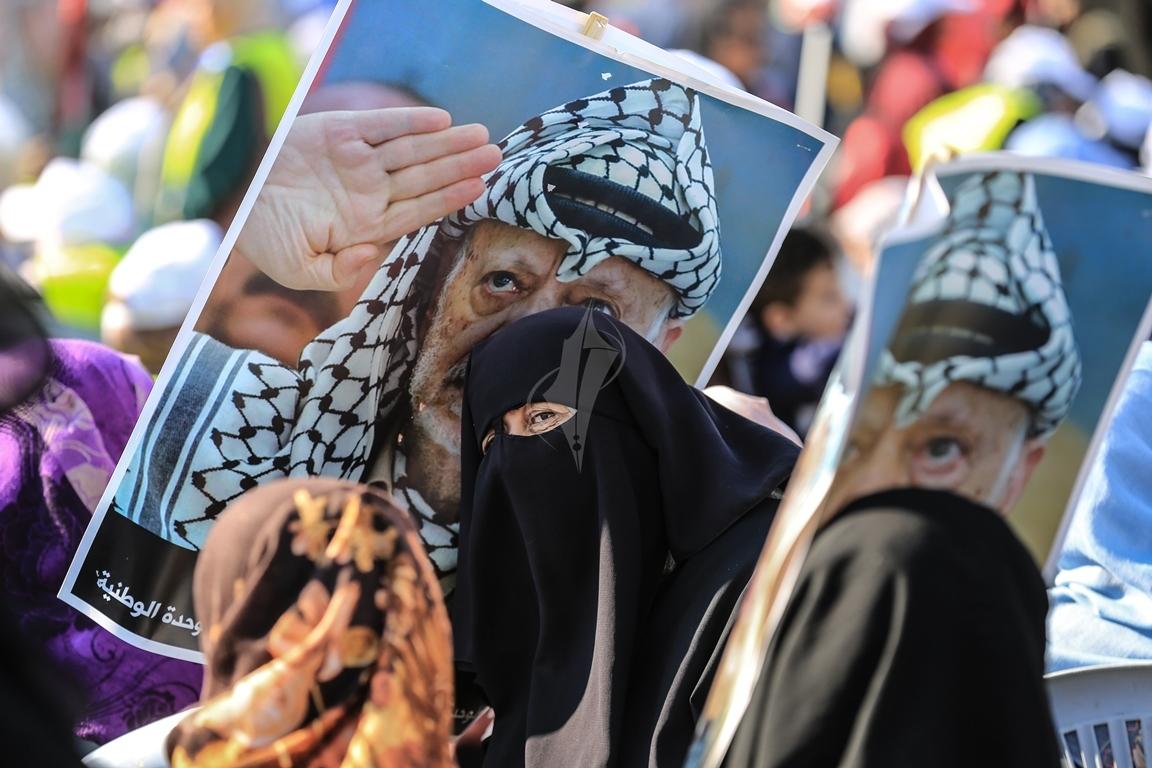 مهرجان احياء الذكرى الـ13 لاستشهاد الرئيس ياسر عرفات في ساحة الكتيبة غرب مدينة غزة (37683734) 