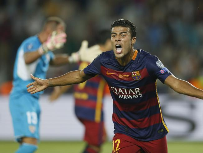 الهدف الأول لبرشلونة عن طريق رافينيا