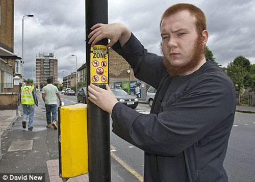 مسلمون يعلنون «منطقة إسلامية» في الشوارع البريطانية