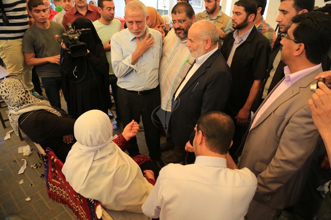 اعتصام اهالى الاسرى امام الصليب الاحمر بغزة (31290782) 