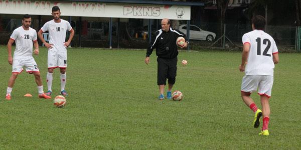 تدريبات المنتخب الوطني (4)