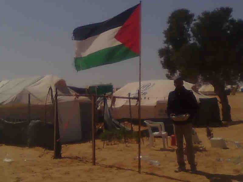 فلسطينيون مشردون