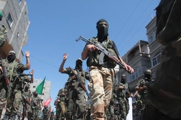 العرض العسكري لكتائب القسام المقاومة 1c08b7411e302459640a