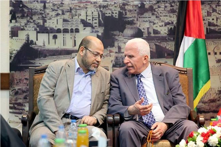 بالصور:هنية يستقبل وفد المصالحة برئاسة عزام الاحمد في منزله بمخيم الشاطئ