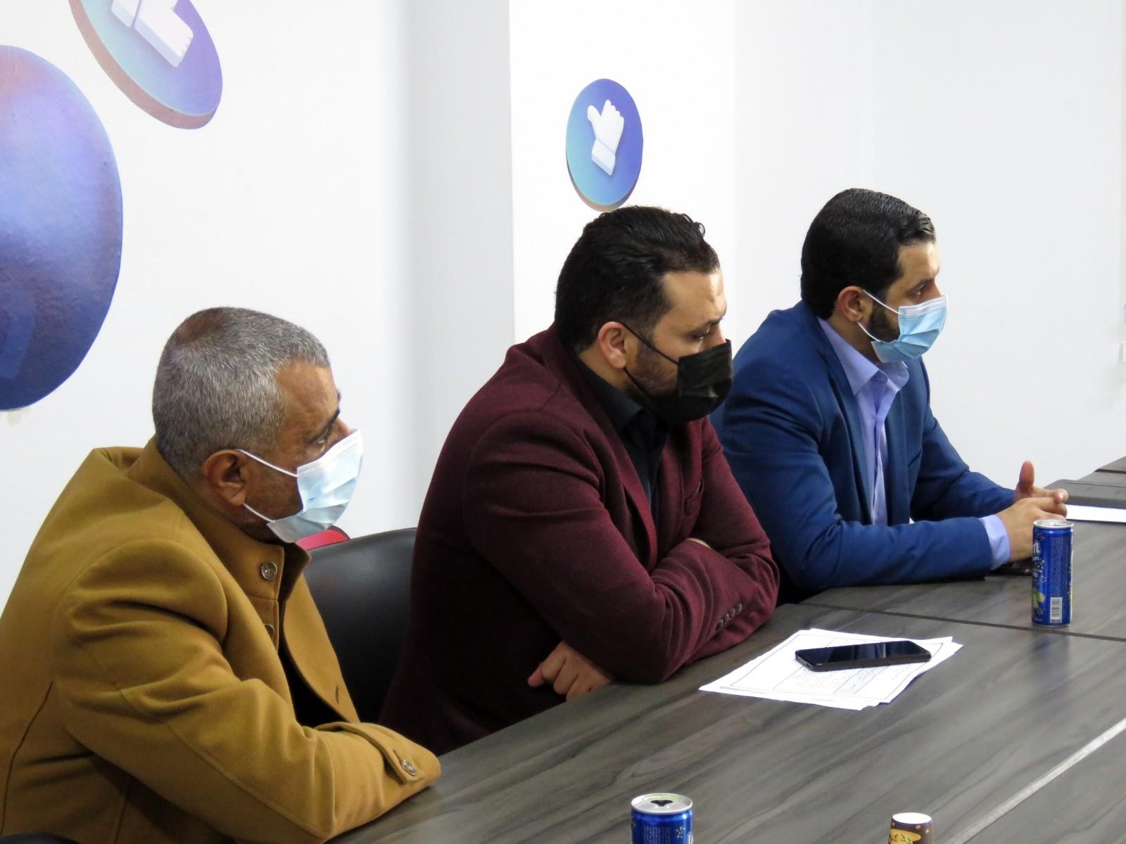 التجمع الاعلامي  خلال الزيارة لفلسطين اليوم