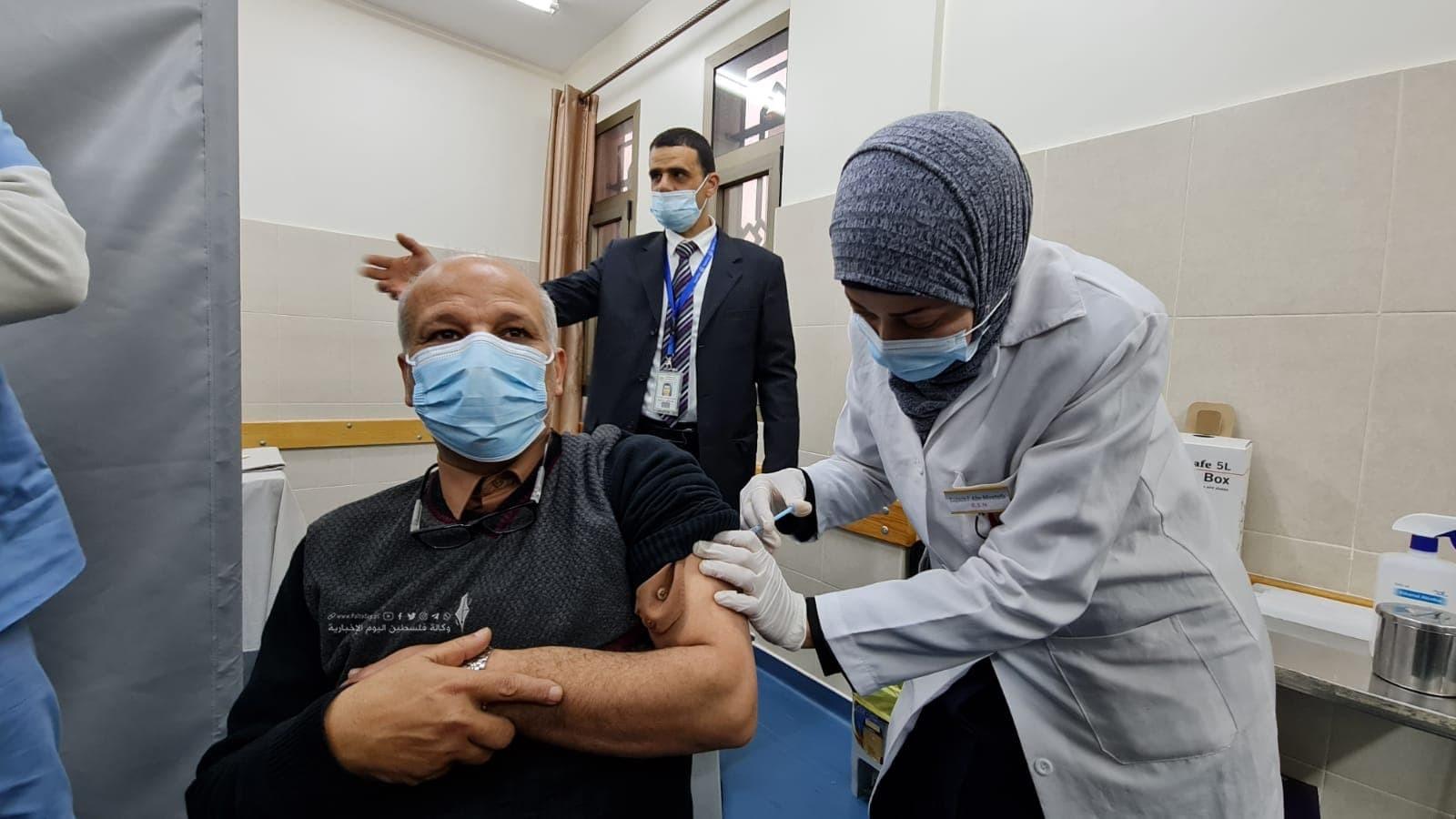 تطعيم لقاح  (2).jpg