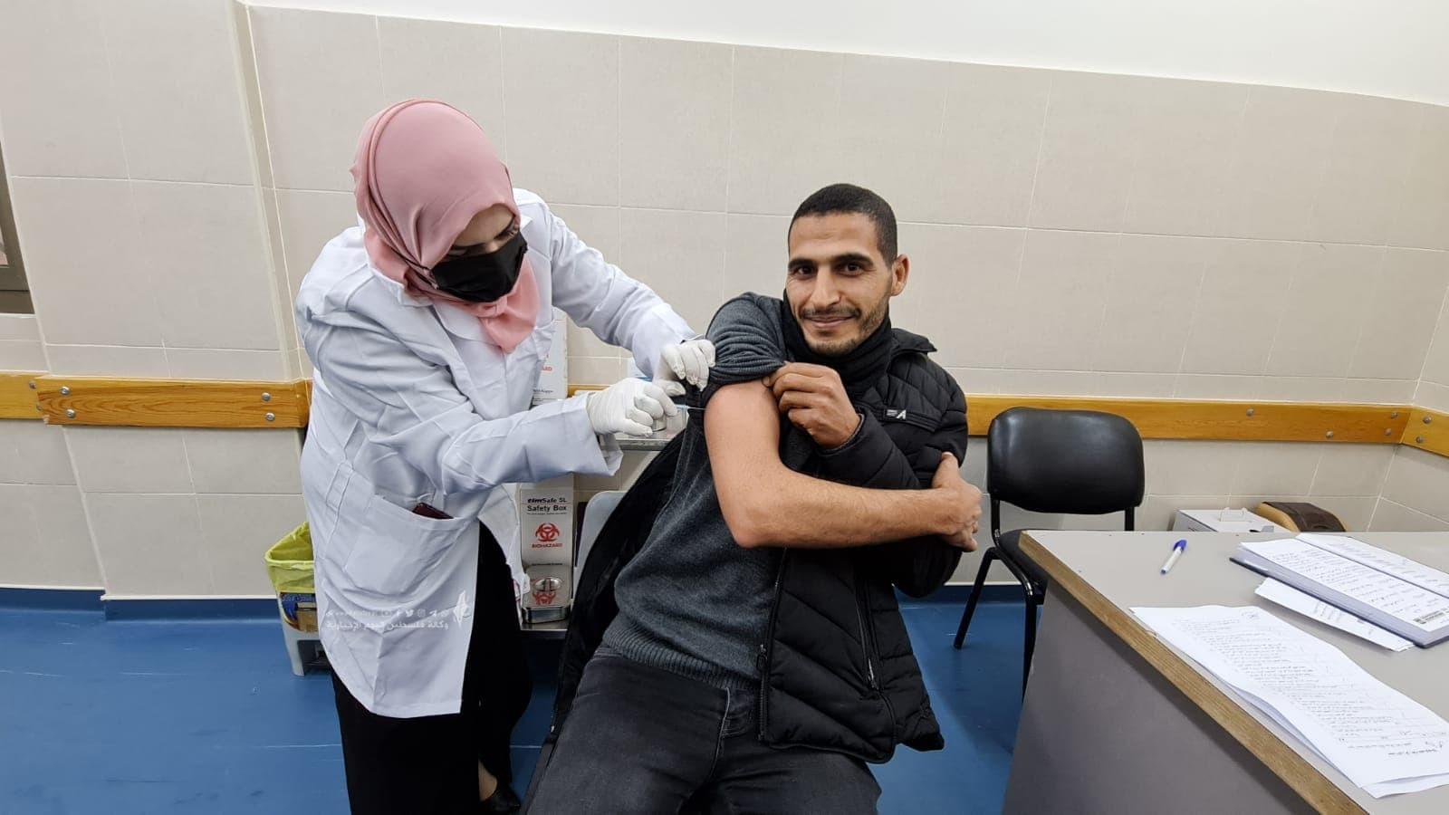تطعيم لقاح  (1).jpg