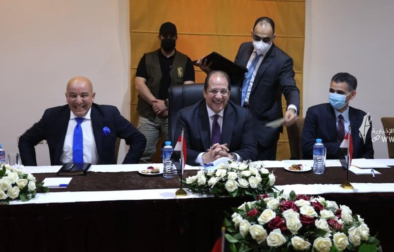 لقاء قادة حماس والوفد الامني المصري3.jpg