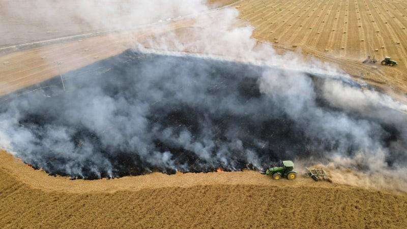 حرائق في غلاف غزة (3).jpg
