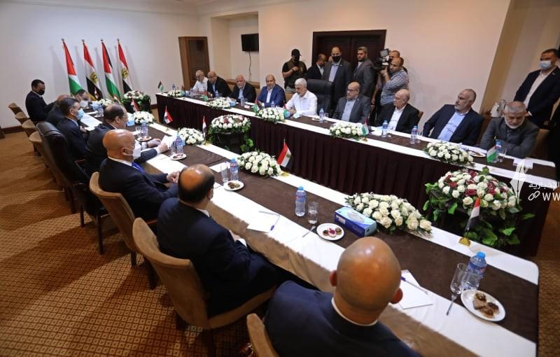 لقاء قادة حماس والوفد الامني المصري 2.jpg