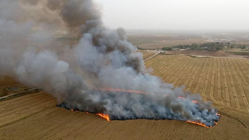 حرائق في غلاف غزة (7).jpg