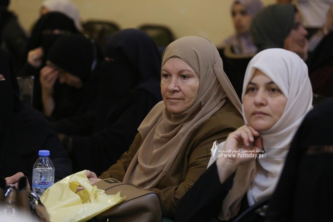فلسطين للدراسات ينظم لقاء ثقافي بعنوان مستقبل فلسطين بين نهج المقاومة ونهج المساومة (15).JPG