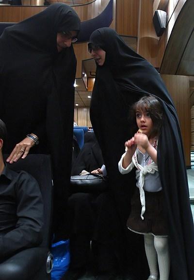 منظمة الأمة تستقبل عائلة الشهيد زقوت