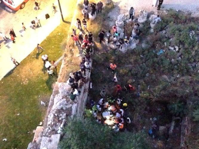 سقوط شخص عن سور المسجد الاقصى