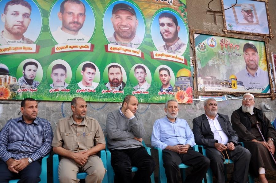 مسير لقادة الجهاد الإسلامي لمنازل عدد من الشهداء