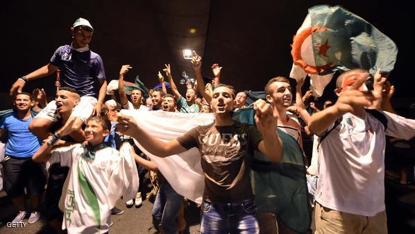 إحتفالات العاصمة الجزائرية بالفوز على كوريا