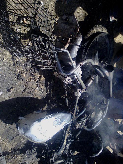 قصف دراجة نارية