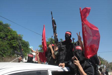 العرض العسكري لكتائب القسام المقاومة 4584aeec3d0af72e64b1