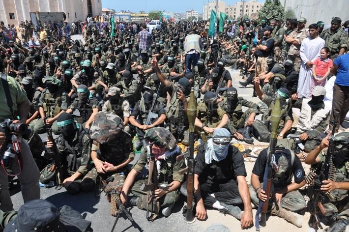العرض العسكري لكتائب القسام المقاومة 48d9d9c7a3fe0bad57f4