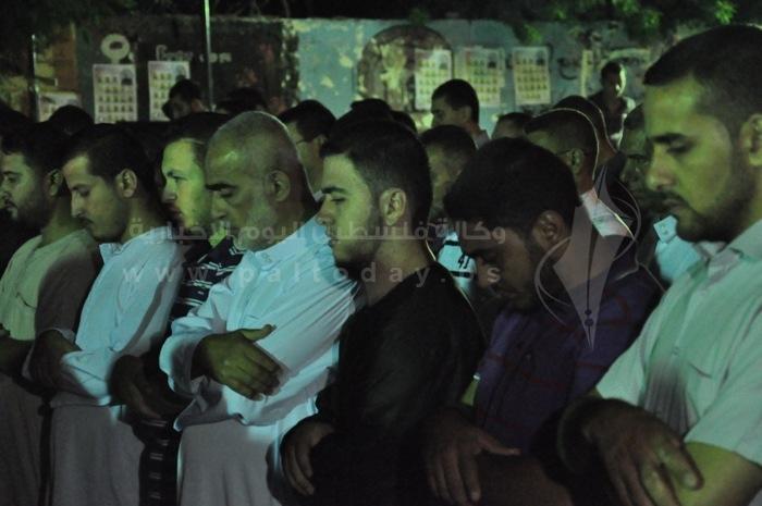 ليلة القدر أمام مقر الصليب الأحمر بغزة