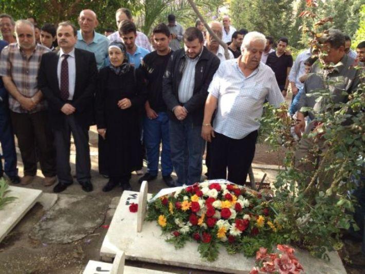 الجهاد تضع الزهور في لبنان