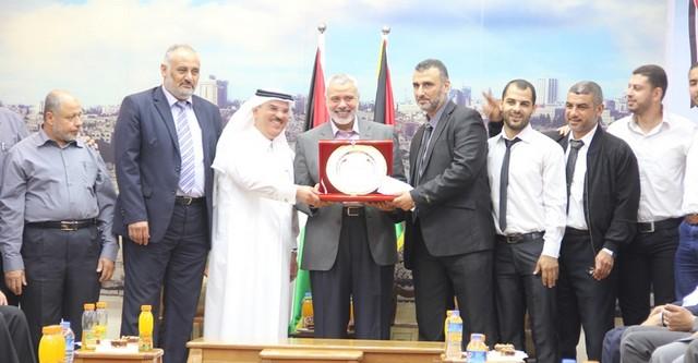أمواج تكرم أبطال الموسم الرياضي في غزة (16)