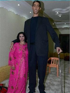 اطول رجل بالعالم