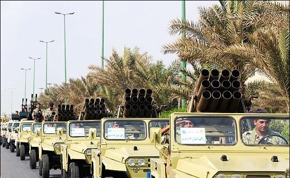 عرض عسكري للقوات المسلحة الإيرانية