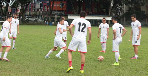 تدريبات المنتخب الوطني (8)