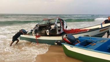 تهريب سيارة عبر البحر
