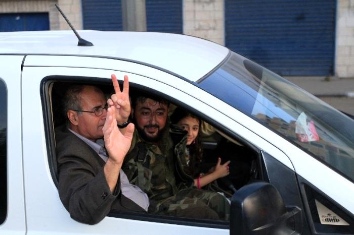 لحظة الإفراج عن أسيرين من سرايا القدس بعد اعتقال دام 10 اعوام