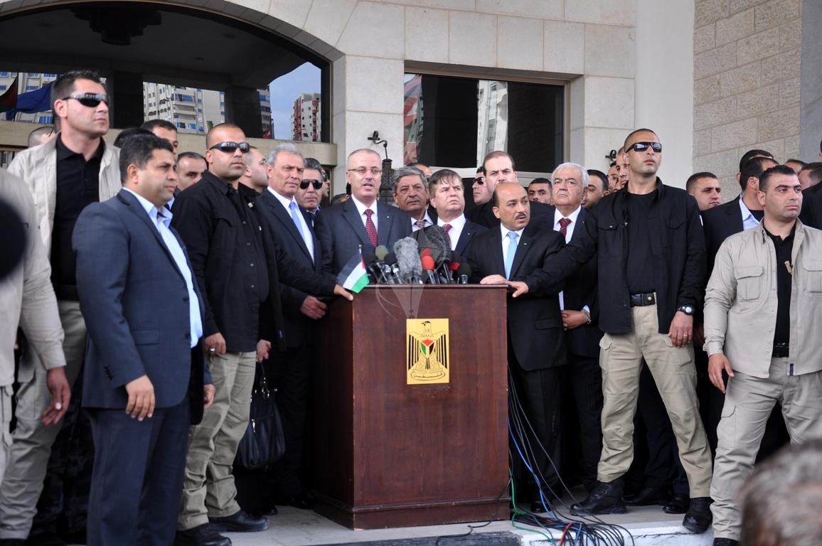 رئيس الوزراء رامى الحمدالله بغزة (271793308) 