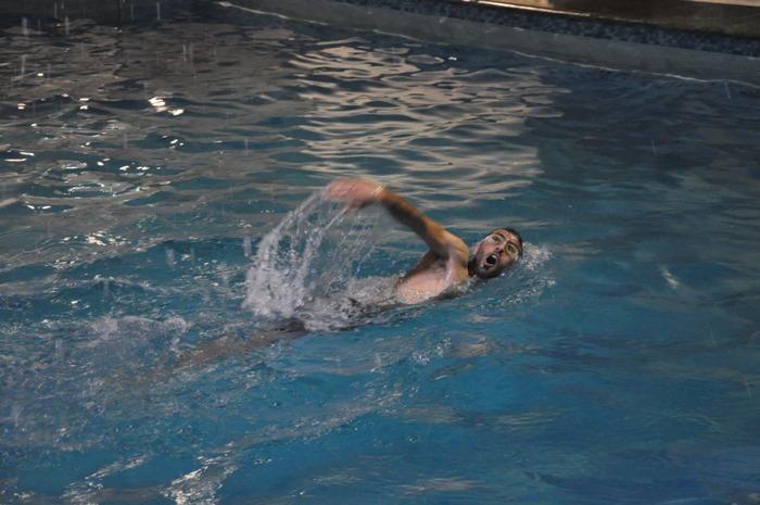 مسبح المعاقين