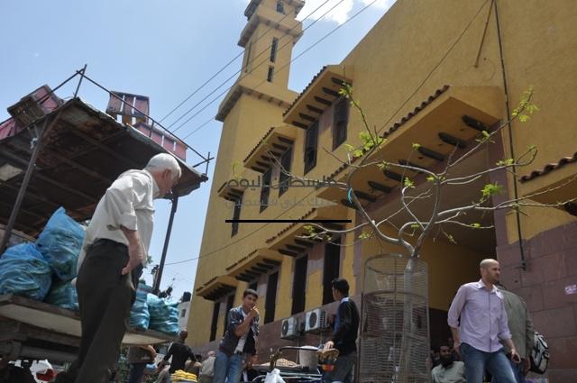 الكارات امام المساجد