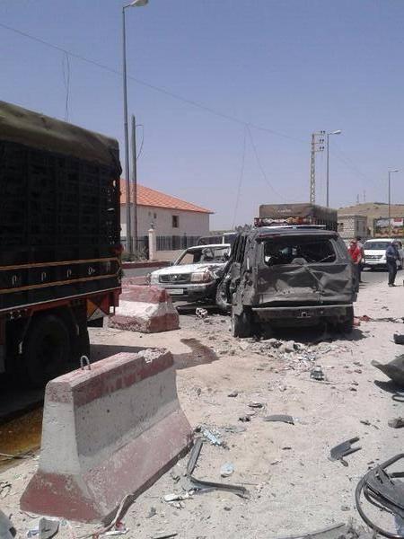 انفجار على حاجز امني في لبنان