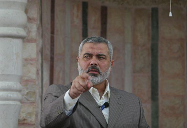 """عالمي هنية يطالب """"عباس"""" بعدم الوقوع الفخ الأميركي ووهم المفاوضا d957ebe3b838ce754dee"""